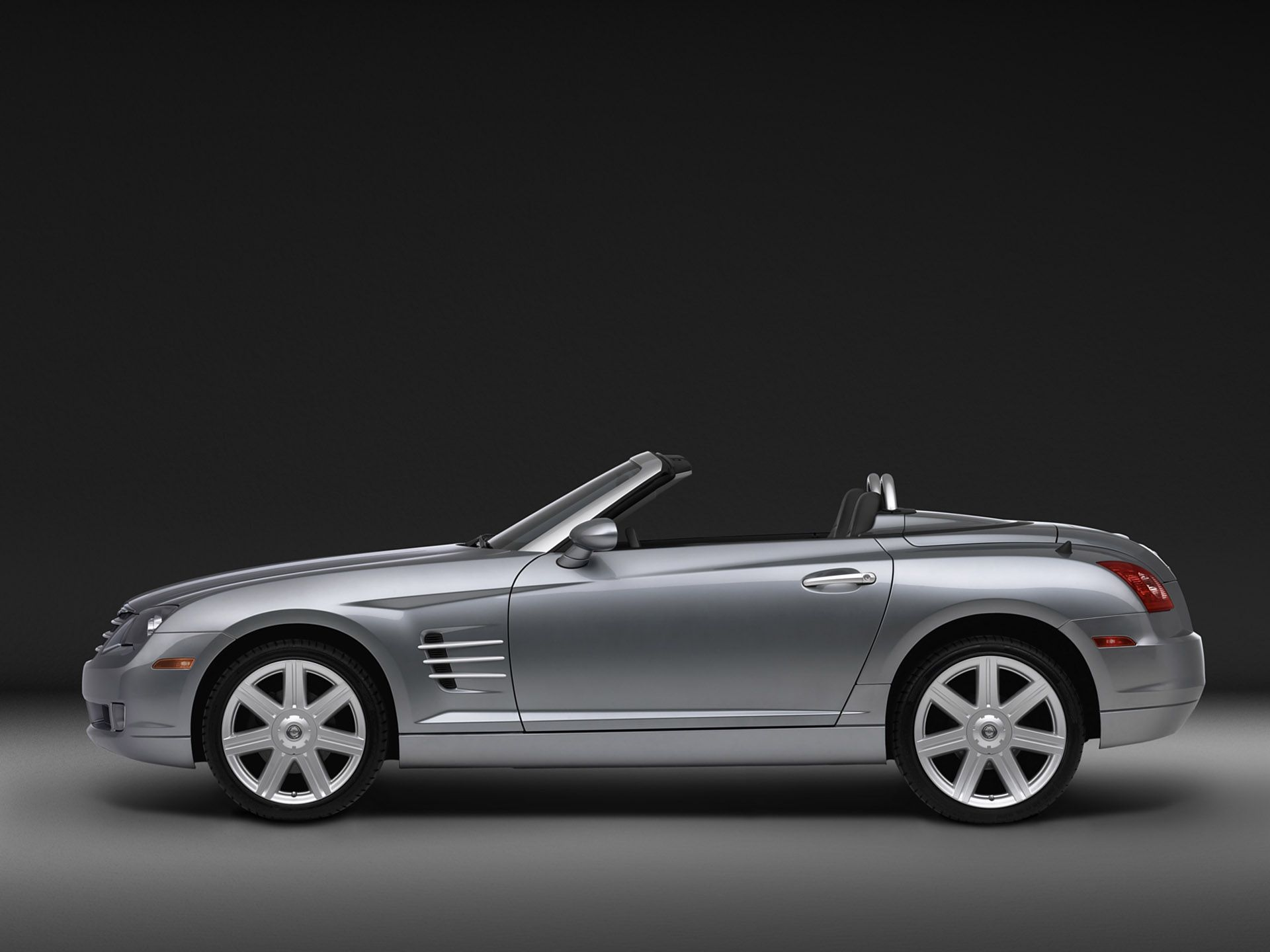 2005 Chrysler Crossfire Roadster Side Silver Studio