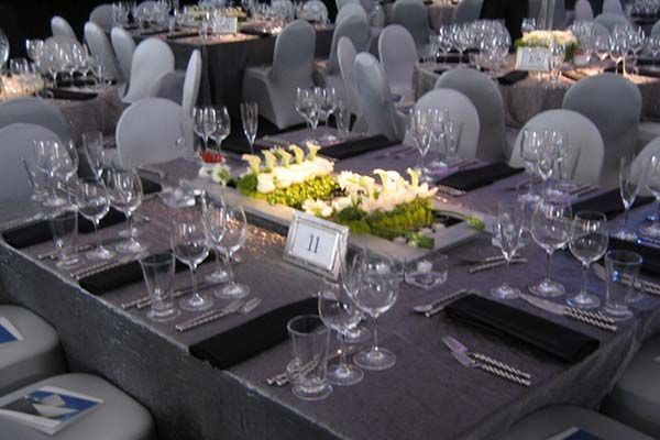 Silve R And White Wedding Reception The Crushed Silver Linen With Black