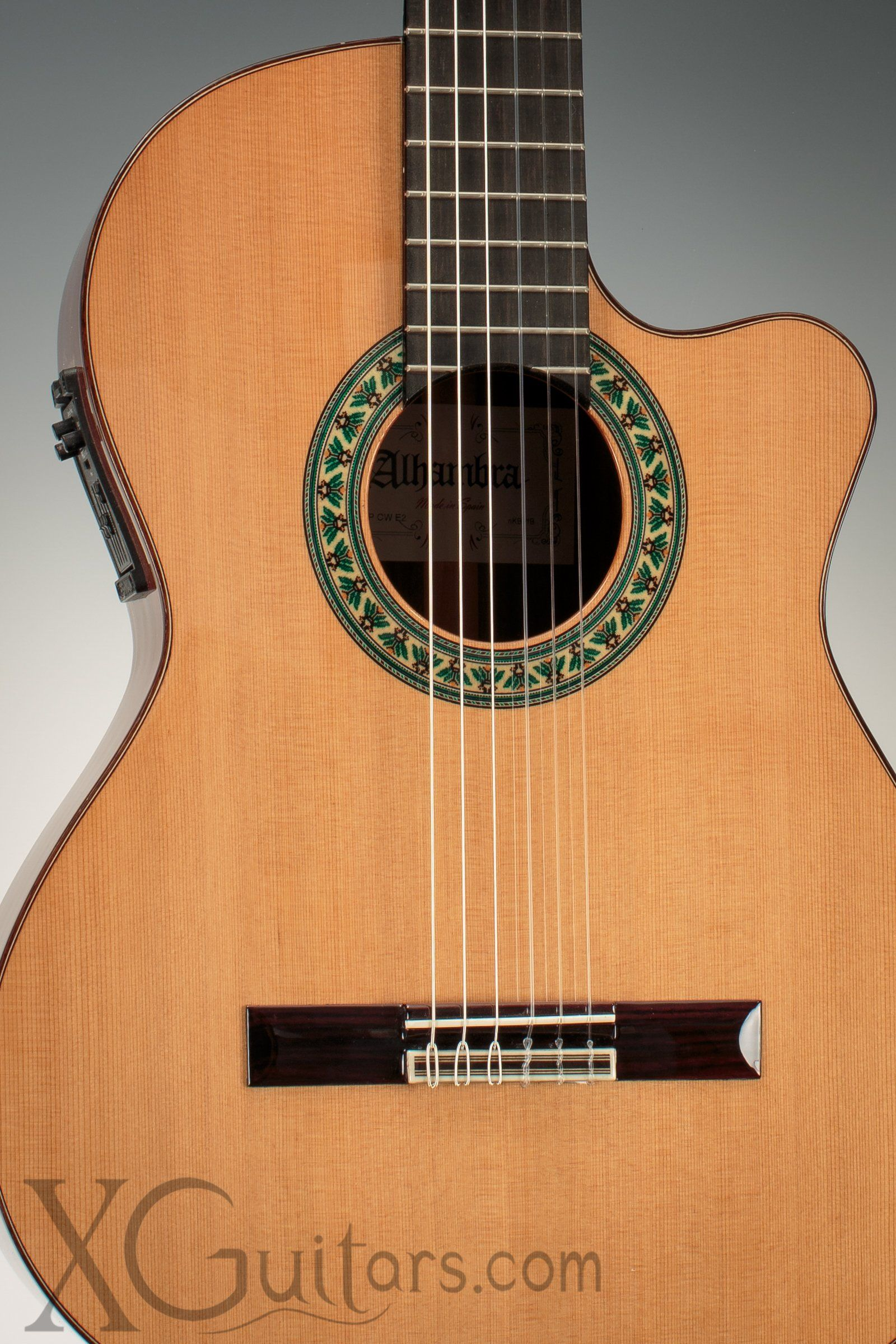 Alhambra 5p Cutaway Classical Guitar With Fishman Classic M Preamp