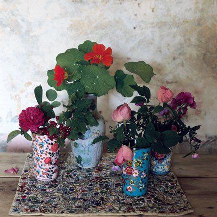 Bouquet de fleurs et de fruits