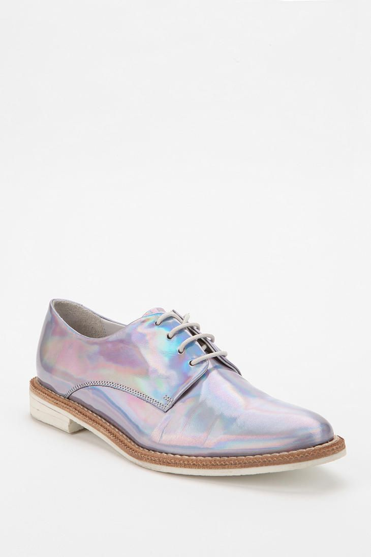 Urban Outfitters - Miista Zoe Hologram Oxford