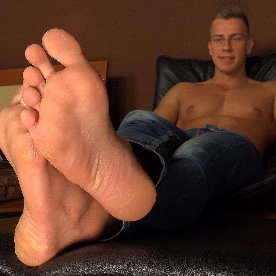 Solo Foot Fetish Oral Pleasure Play