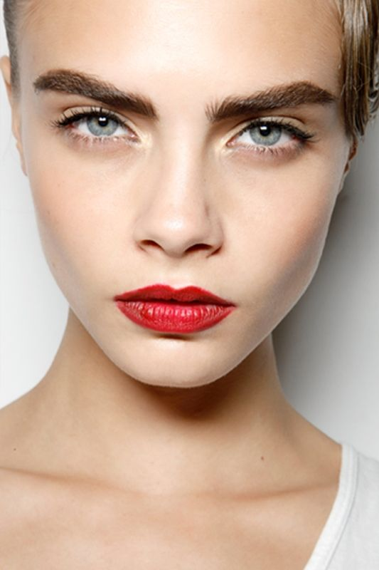 Modern Red Lips No 80 S Action Here Makeup Brows Bold Brows