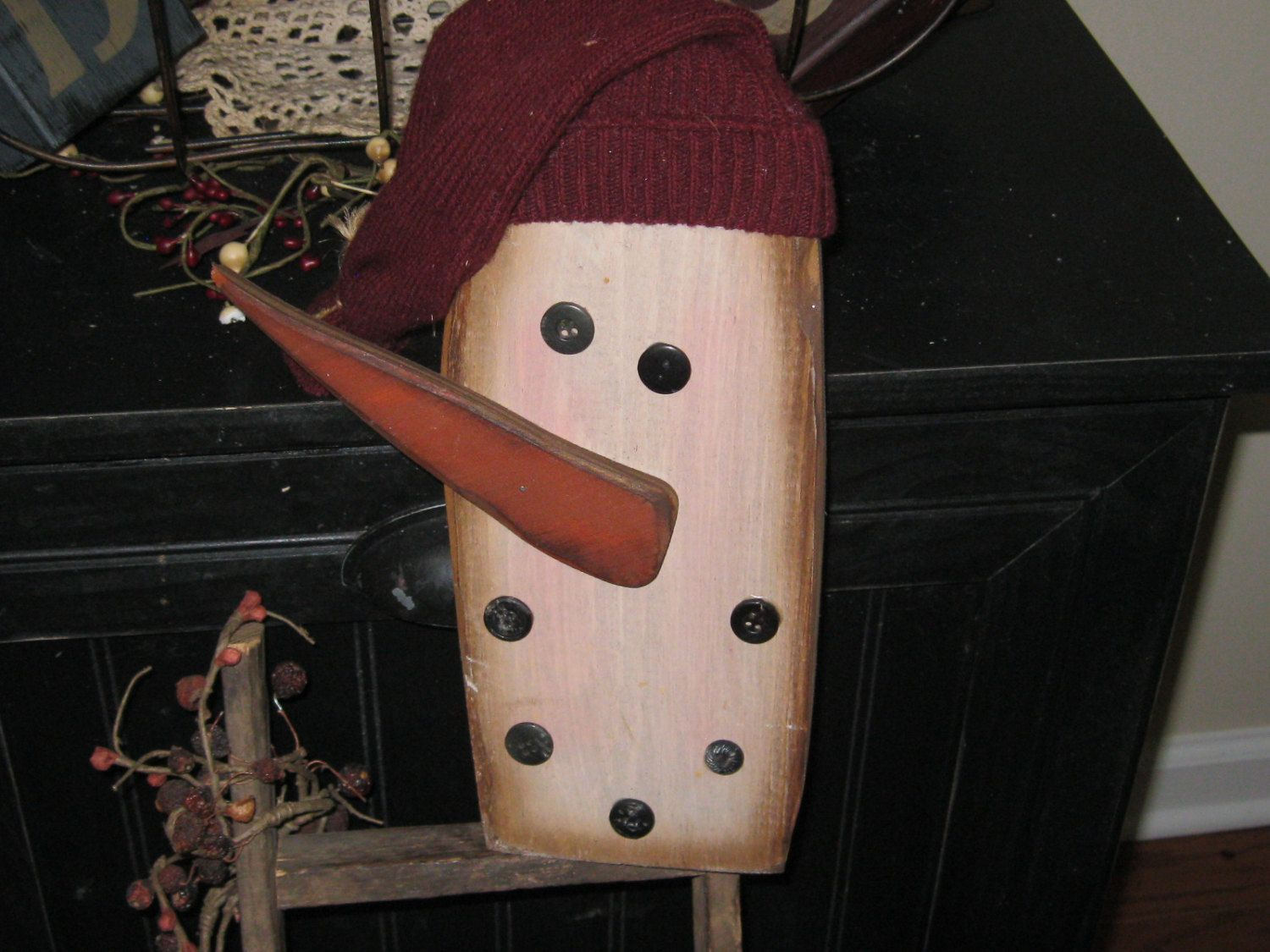 Wooden Snowman Shelf Sitter - Winter Decoration by LoveAndStitchesToYou on Etsy