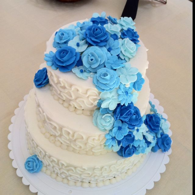50th Anniversary cake with royal icing flowers