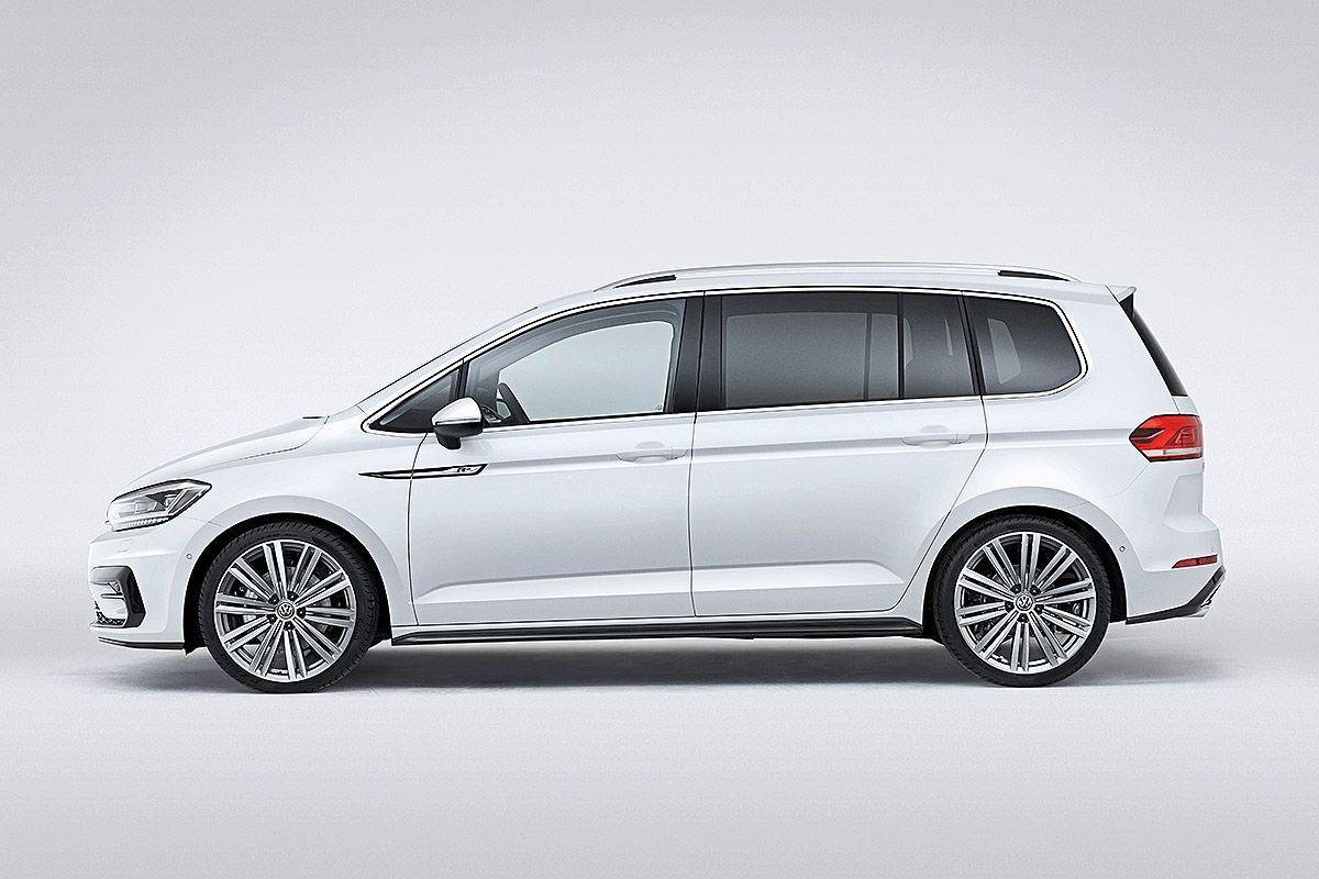Vw Touran Genf 2015 Sitzprobe Bilder Autobild De Vwtouran Volkswagen Touran Touran Vw Volkswagen