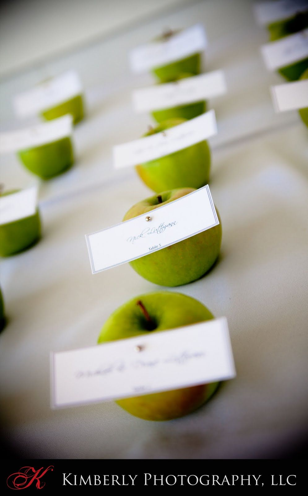 apple place cards also healthy edible wedding favors | Green Wedding ...