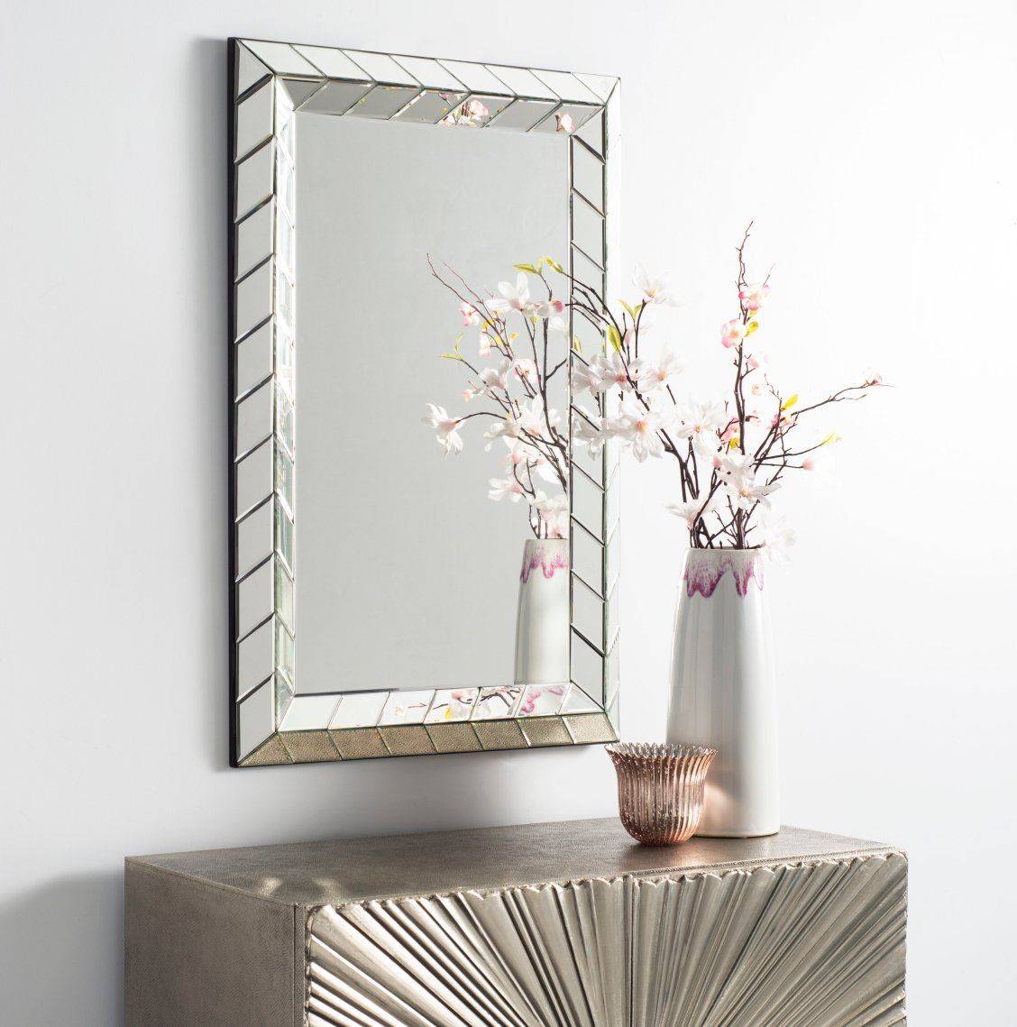 Inspired By The Sleek Art Deco Style This Contemporary Silver Mirror Is A New Classic Its Arrow Border Design Blends S Trending Decor Decor Traditional Decor #silver #mirror #for #living #room
