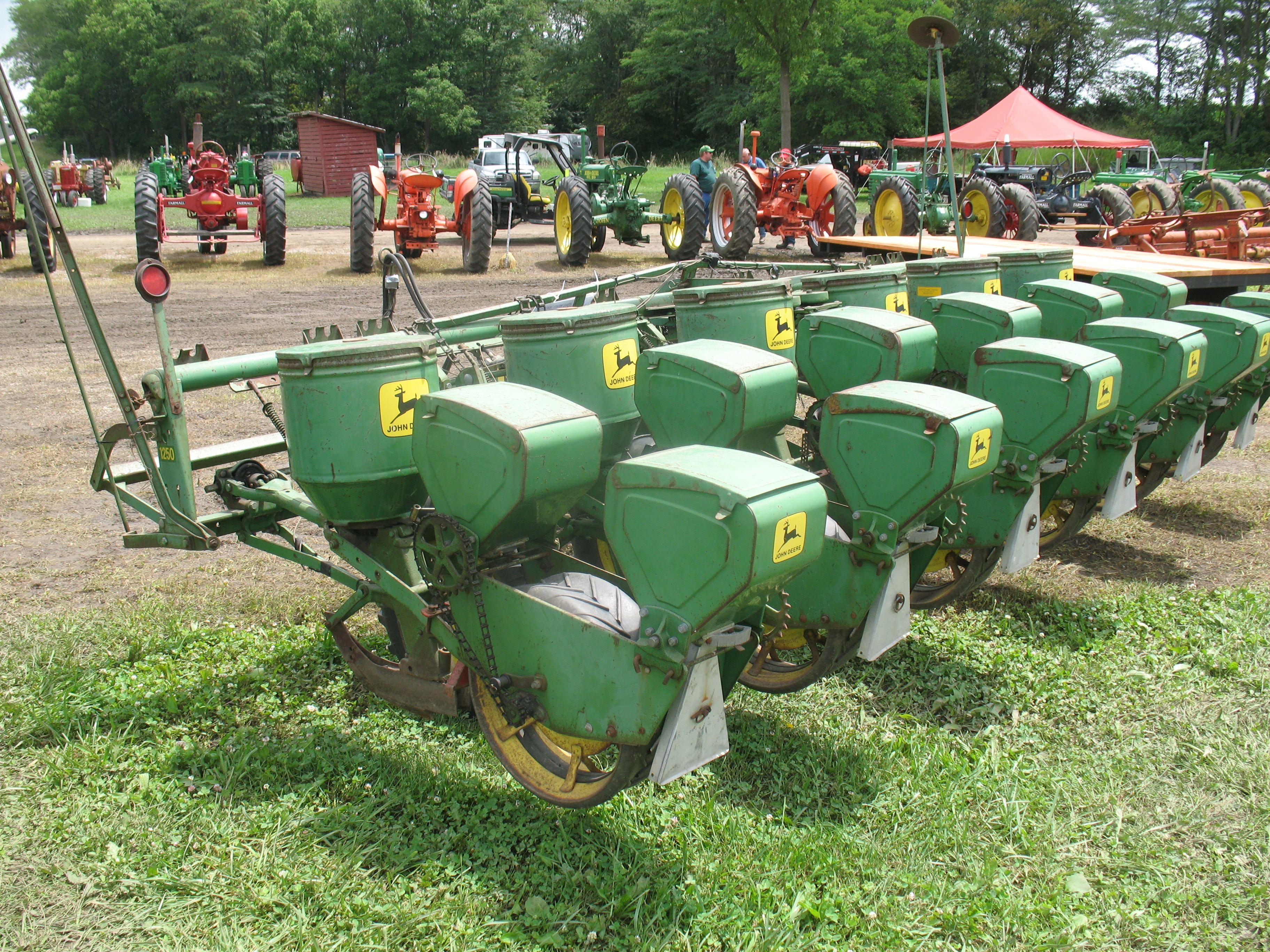 Vintage John Deere 6 Row Seed Planter Vintage Farm Tools Tractor