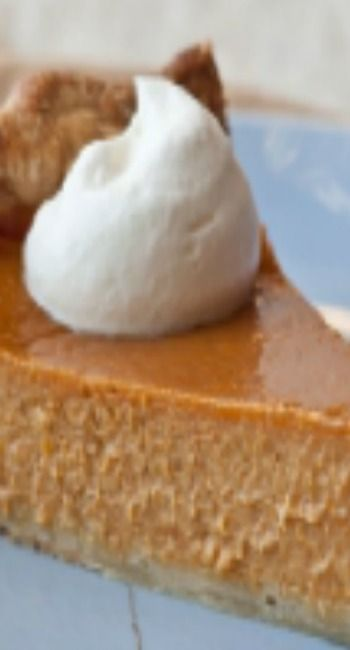 Barefoot Contessa - Ultimate Pumpkin Pie with Rum Whipped Cream