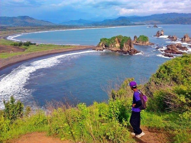 Paling Keren 30 Pemandangan Gunung Jember Pantai Yang Ada Di Jember Selanjutnya Ini Mempunyai Pemandangan Yang Sangat Eksotik Pe Di 2020 Pemandangan Pantai Lanskap