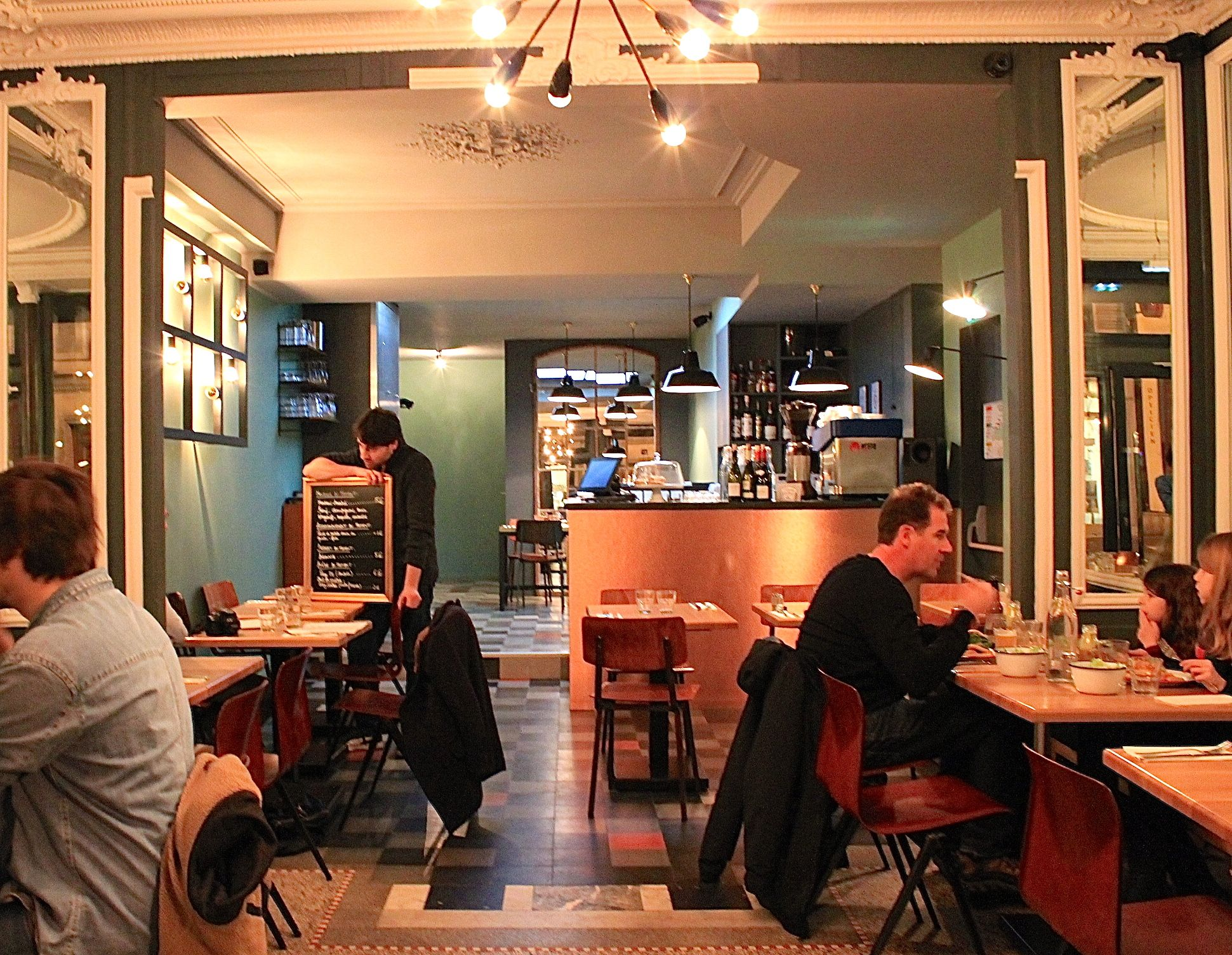 l 39 atelier st george paris food concept design. Black Bedroom Furniture Sets. Home Design Ideas