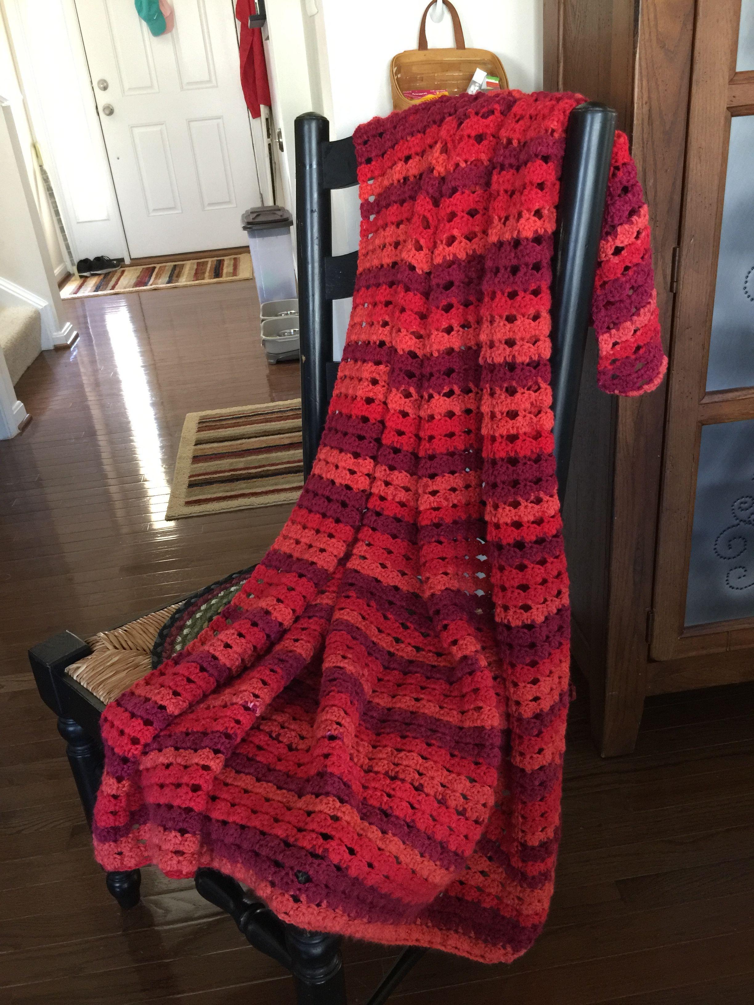 Crochet blanket in shells patternsweet roll yarn in cherry crochet blanket in shells patternsweet roll yarn in cherry swirl bankloansurffo Gallery