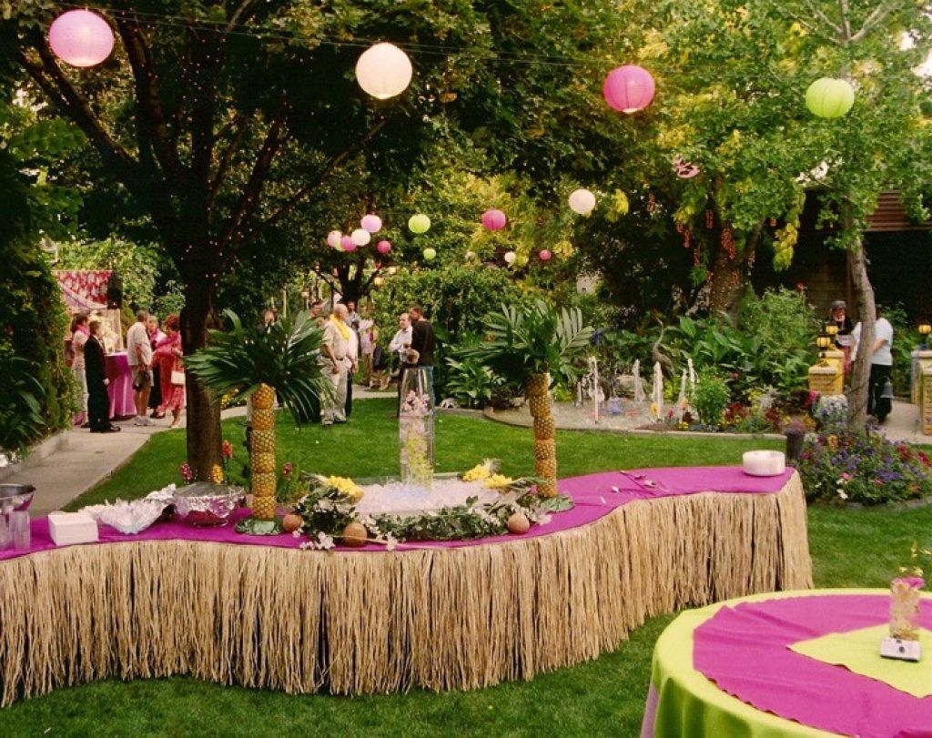 Wedding decoration ideas garden party  paper lanterns decor will bring the fun and festivity on your luau