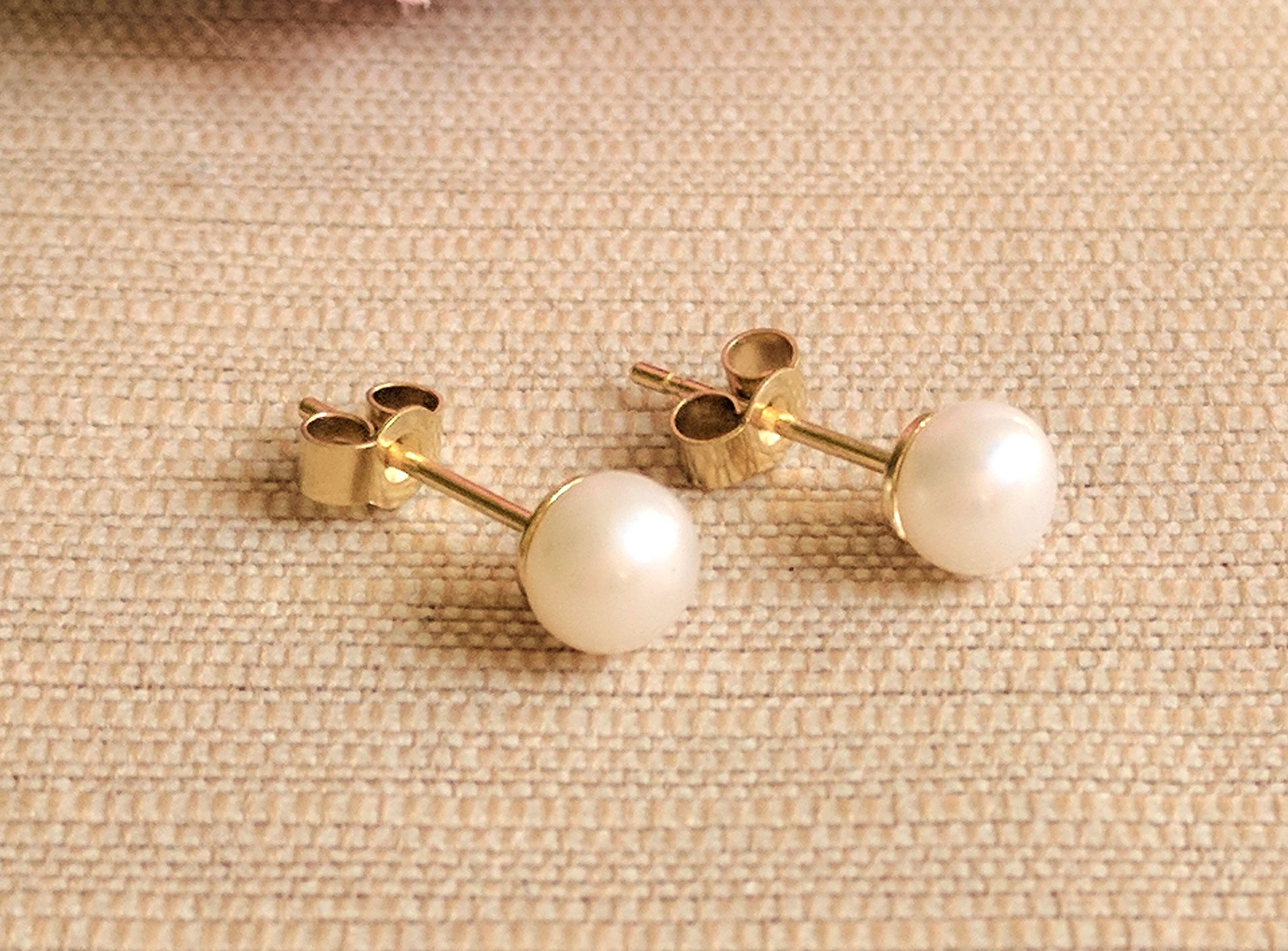 kent and villa jewellery products gold pearl real earrings stud rosie yellow image