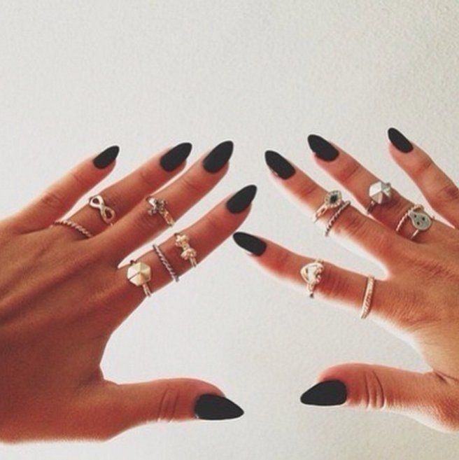 40 Moody Nail Ideas That Will Make You Take the Plunge Into Grunge