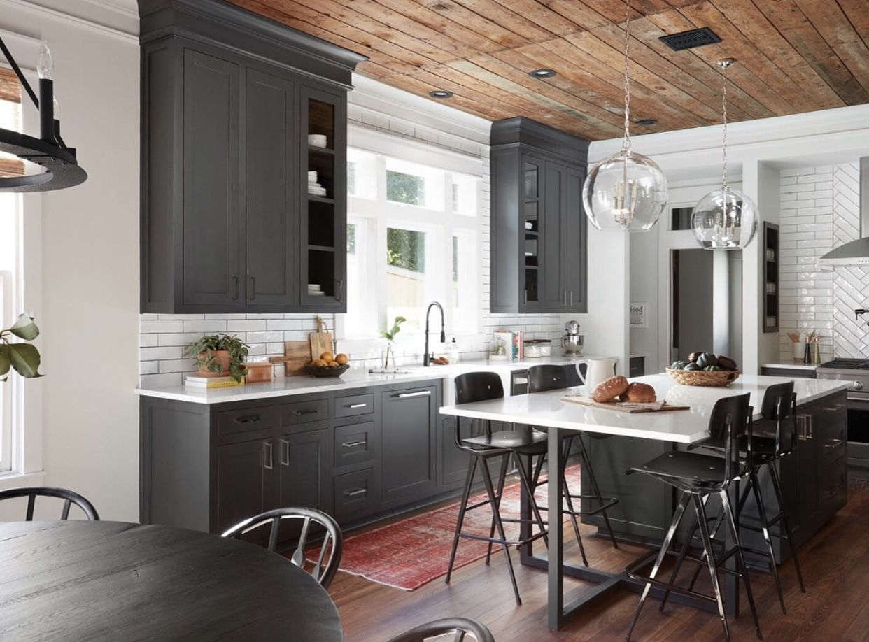 wood ceiling charcoal kitchen cabinets | |kitchen| | Pinterest ...