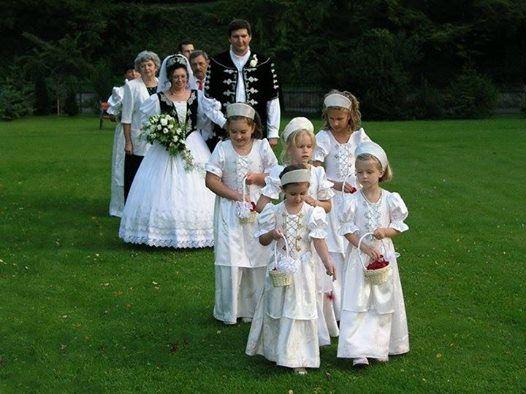 traditional Hungarian wedding