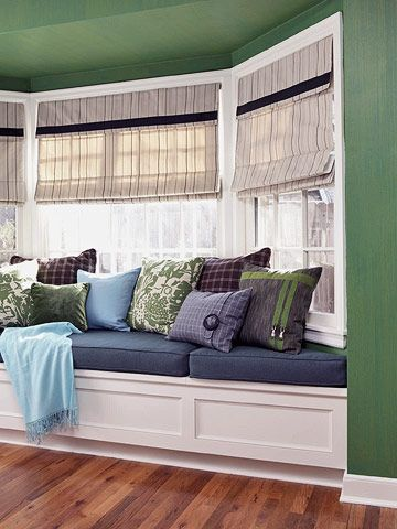 11 DIY Projects for Your Living Room. Window Seats With StorageBay ...