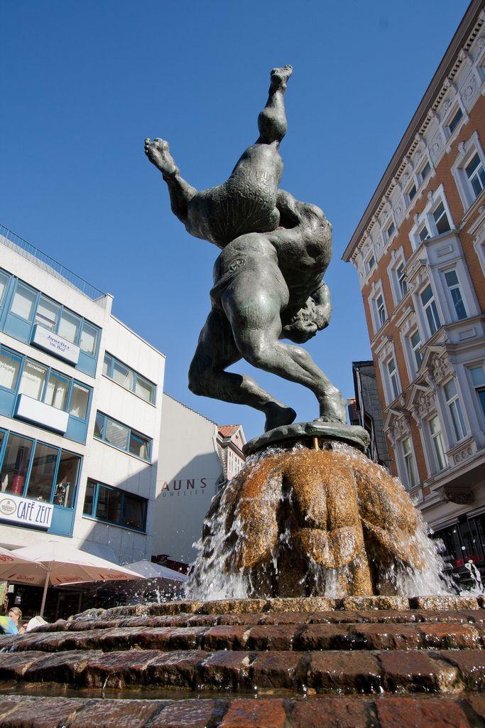 Ringerbrunnen Braunschweig Brunnen Und Weberli
