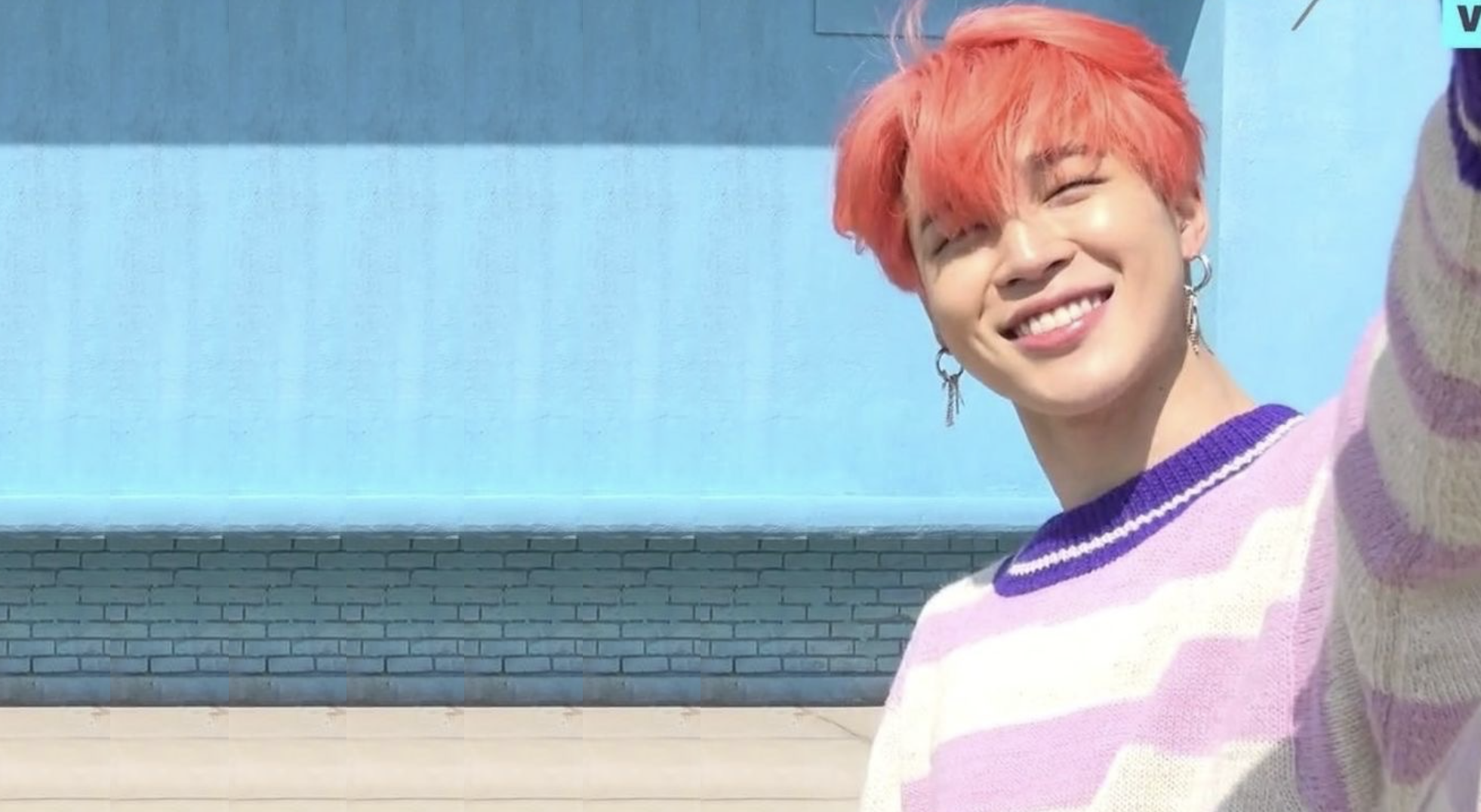 Pin By Dawn Kory On Bts In 2021 Bts Laptop Wallpaper Cute Desktop Wallpaper Jimin Wallpaper