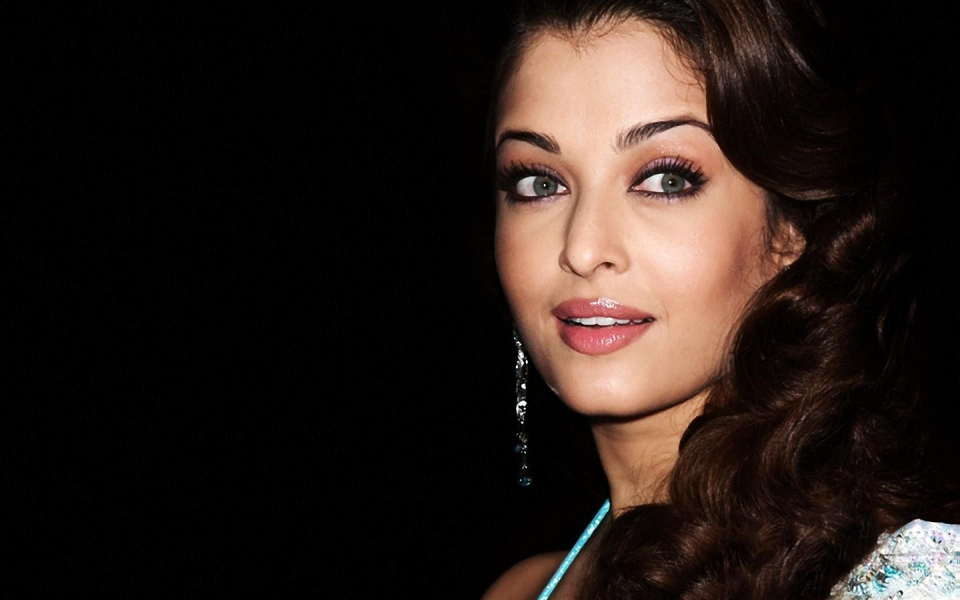Aishwarya Rai Aishwarya Rai Wallpaper Aishwarya Rai Wallpaper Aishwarya Rai Beautiful Eyes