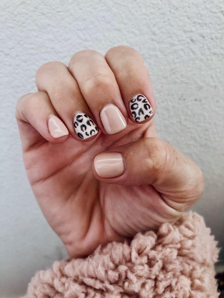 Pinterest Keelyk26 In 2020 Short Acrylic Nails Leopard Nails Cheetah Print Nails