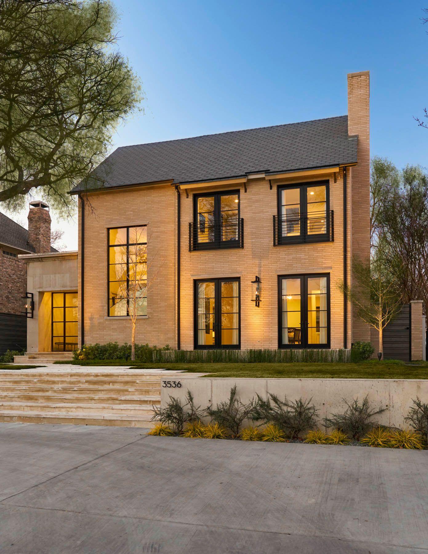 exterior robert elliott custom homes