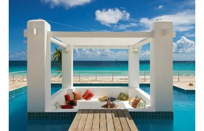 Now that's a cabana.