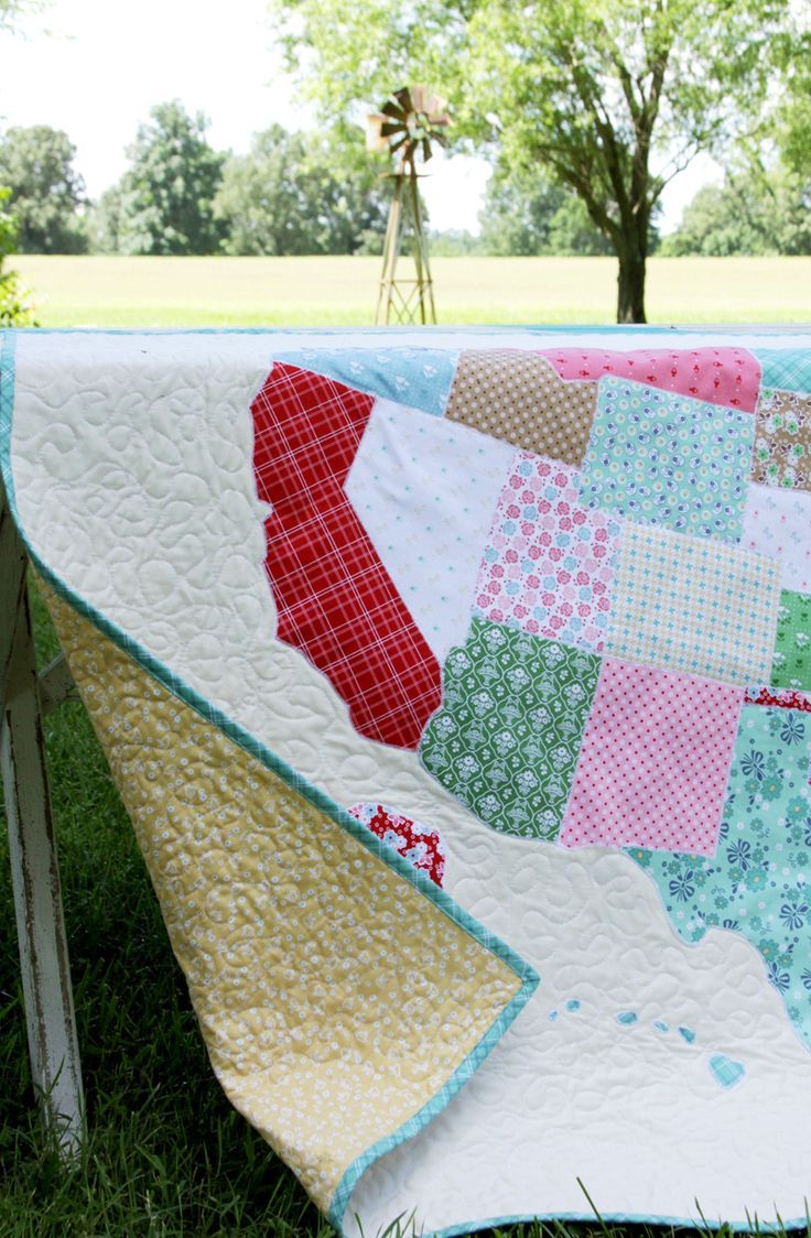 US State Map Quilt -   Riley Blake Finished Goods   Quilts, Map ...
