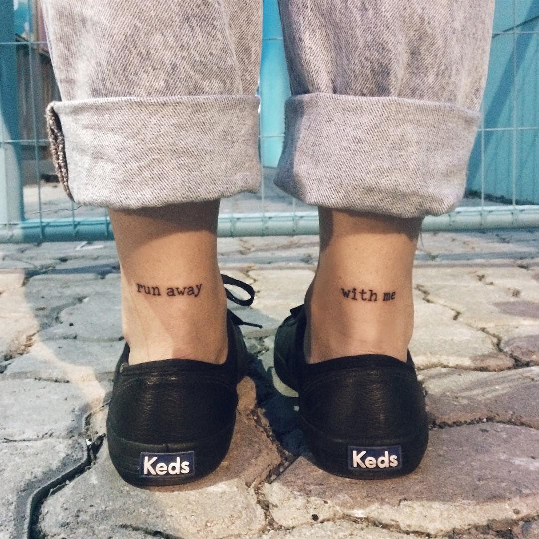 """2,872 curtidas, 21 comentários - Marieli • Compra-se Um Fusca (@m_marieli) no Instagram: """"Run away with me. Por @tattoocomics #ladysfirst #kedsbr"""""""