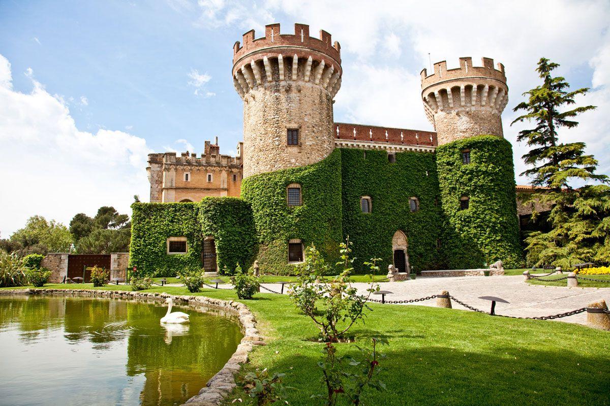 Los 100 castillos más bonitos de España