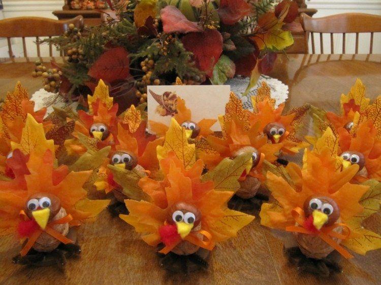 Tischdeko herbst naturmaterialien  Eine niedliche Idee für das Thanksgiving sind diese ...