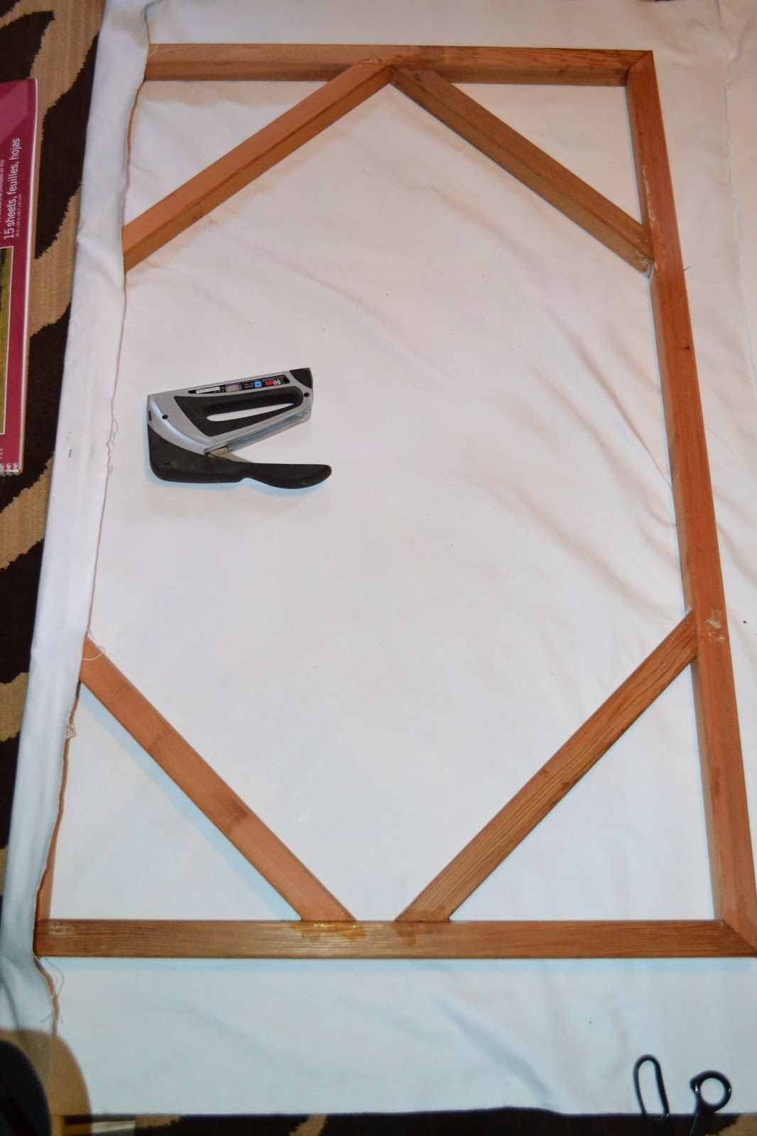 How to build a large or odd size canvas on the cheap ...