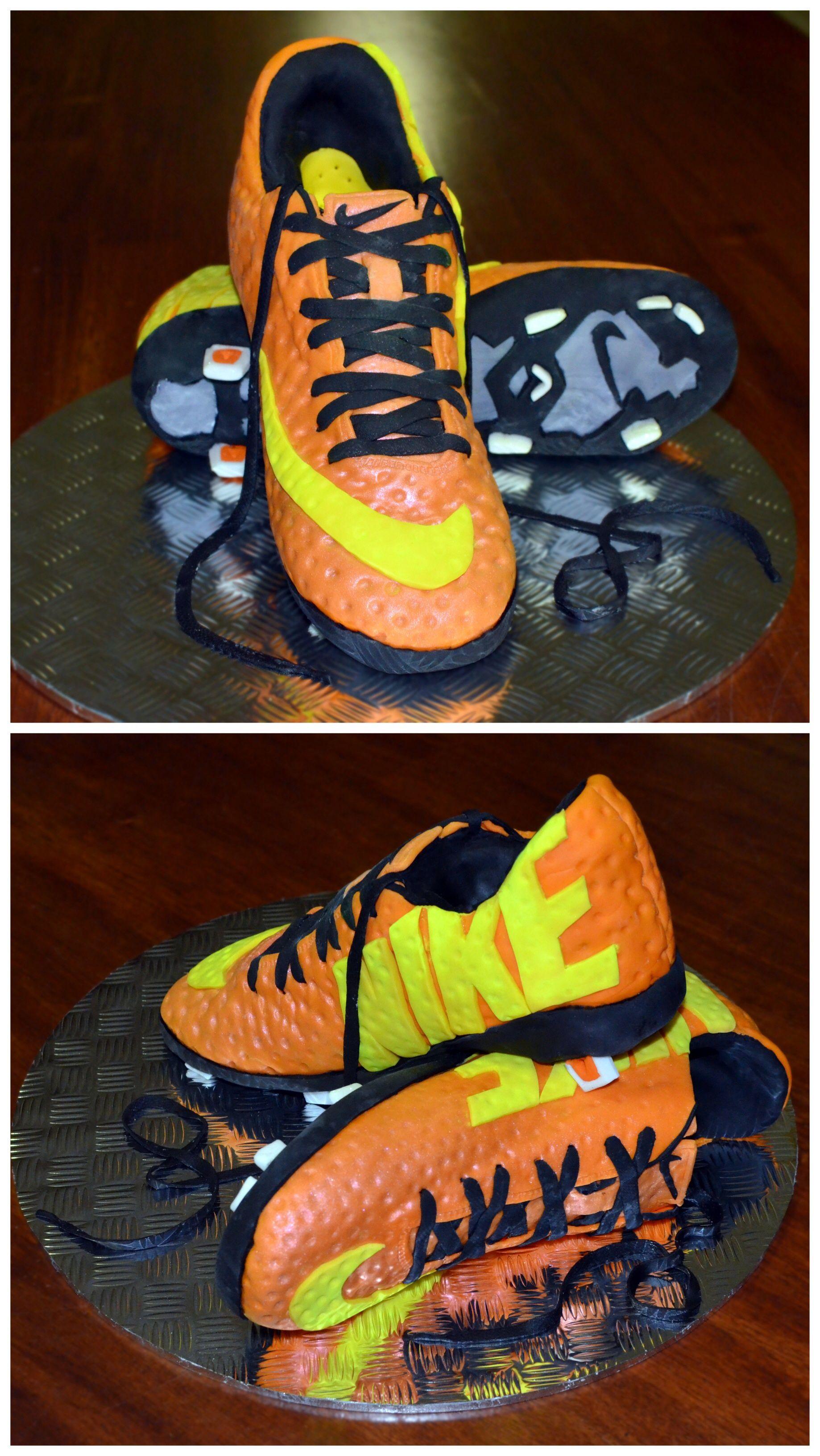 Nike Mercurial Vapor IX Football Boots cake.
