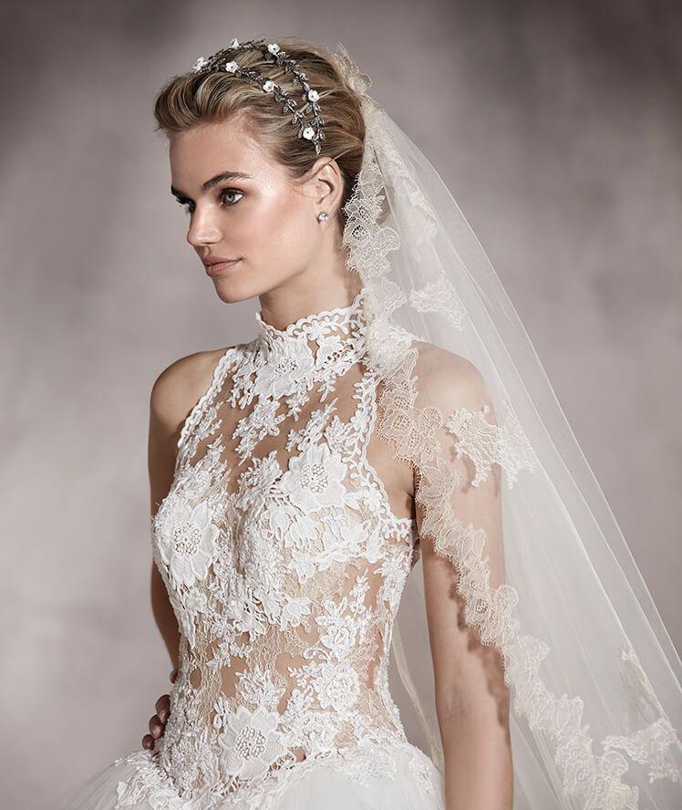 Vestido de novia escote cuello alto