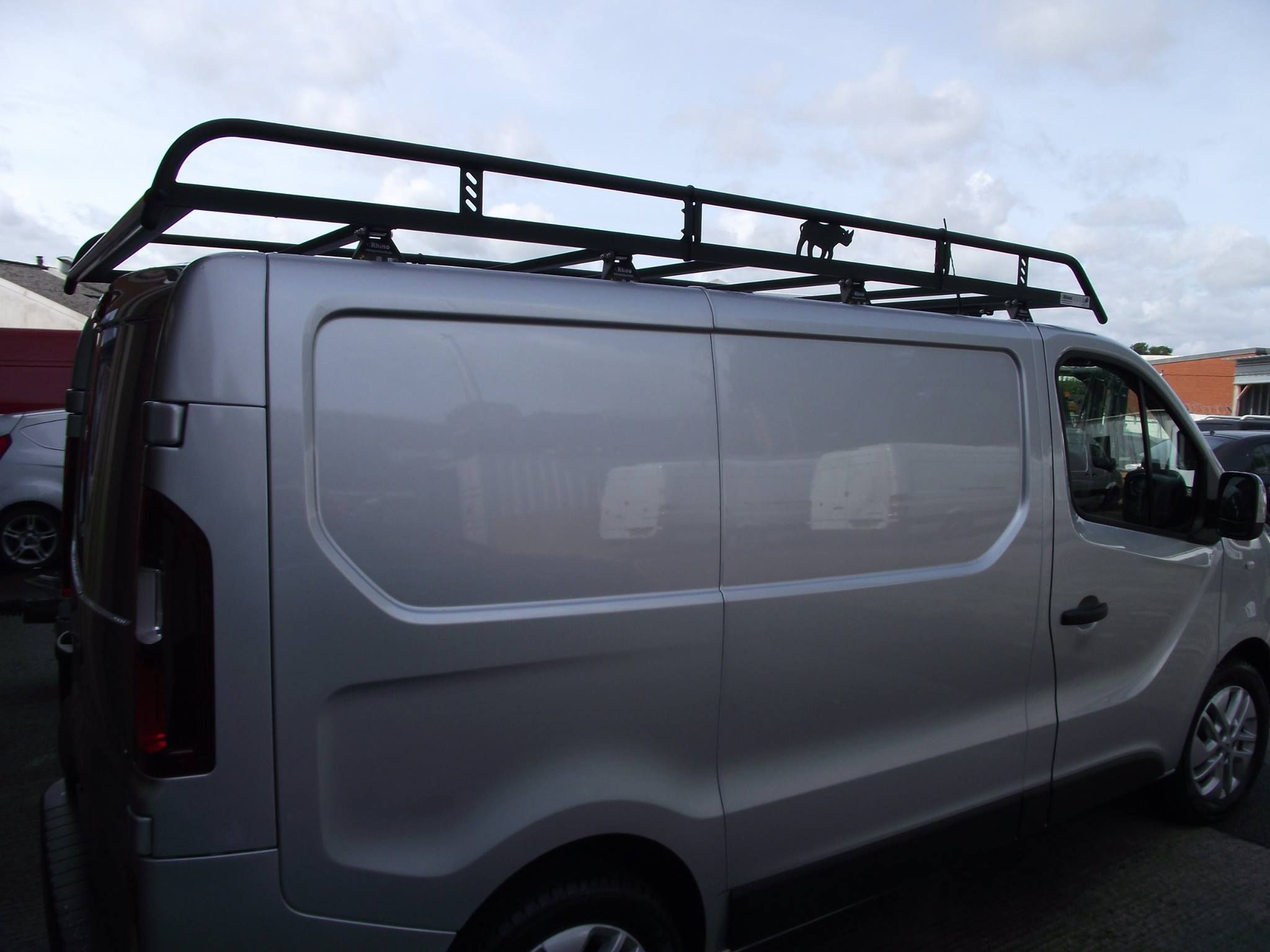 Modular Roof Racks Fitted To This Renault Trafic Rhino Roof