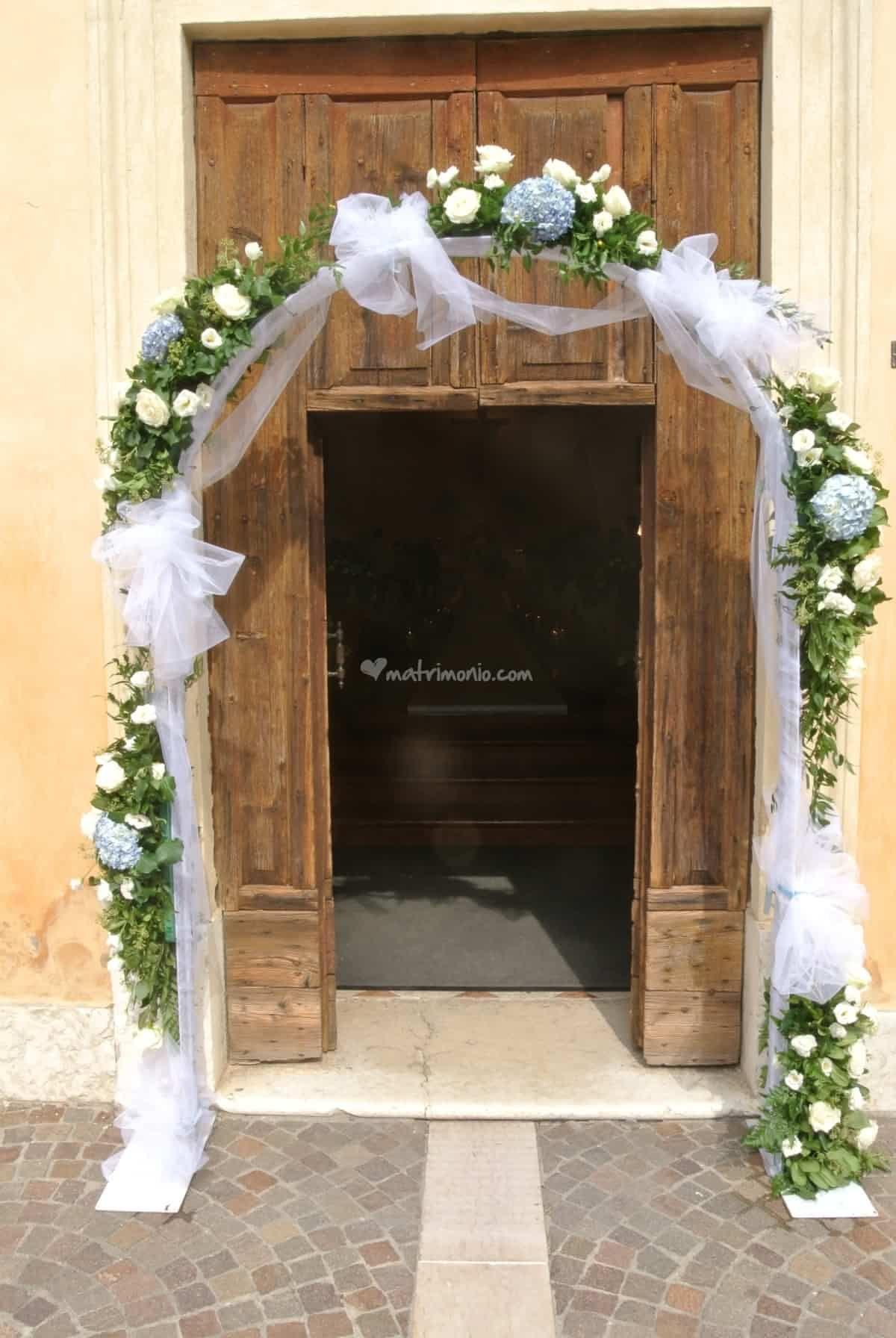 Ingresso Chiesa Scenografie Di Nozze Decorazioni Di Nozze Addobbi Floreali Matrimonio