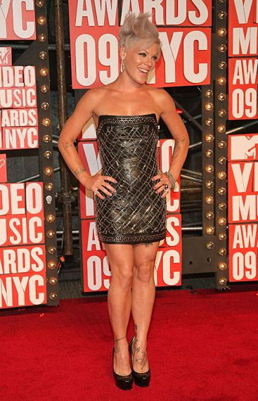 P!nk wearing Balmain on the red carpet at the 2009 MTV Video Music Awards in New York City.