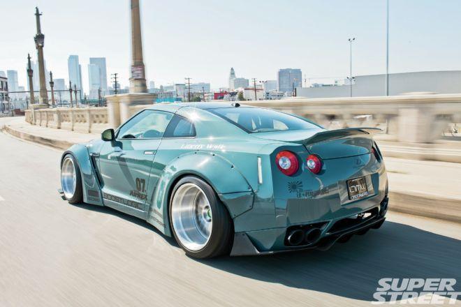 LTMW Nissan GT-R - Slamzilla Attacks!