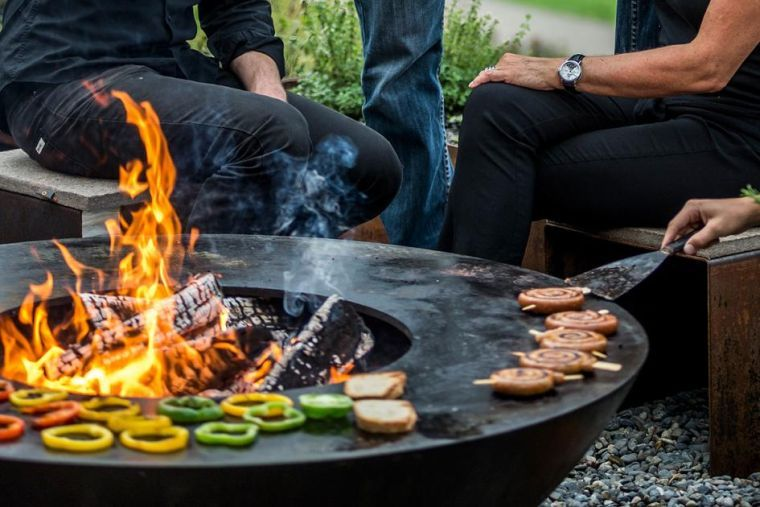 Barbecue Et Grill Rond Moderne Pour Extérieur Design