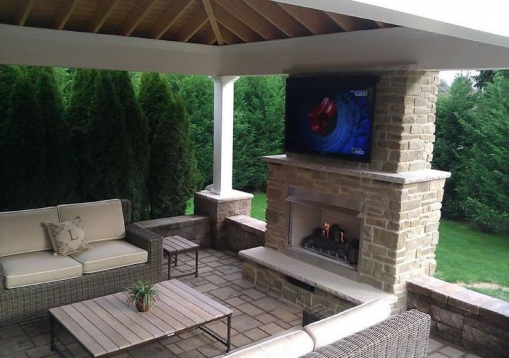 Covered patio with tv in 2019 outdoor gas fireplace - Outdoor fireplace with tv ...