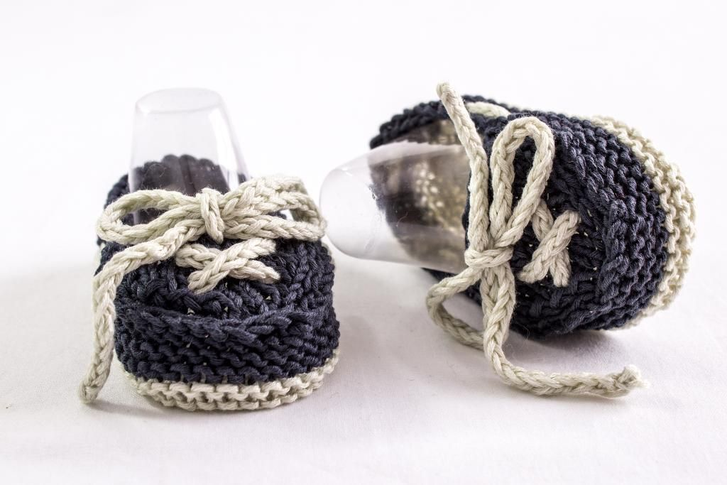 6 Fun Baby Bootie Knitting Patterns on Craftsy | Pinterest ...