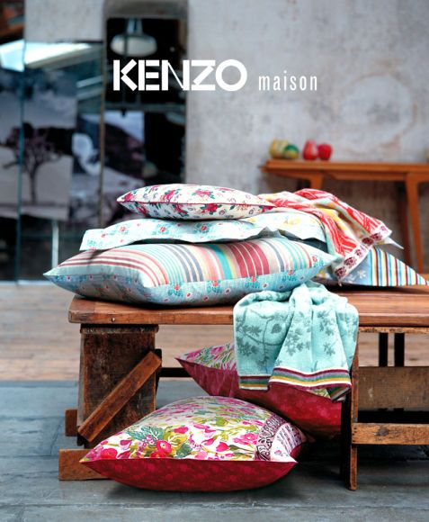housse de couette kenzo kenzo pantalon jogging alone. Black Bedroom Furniture Sets. Home Design Ideas
