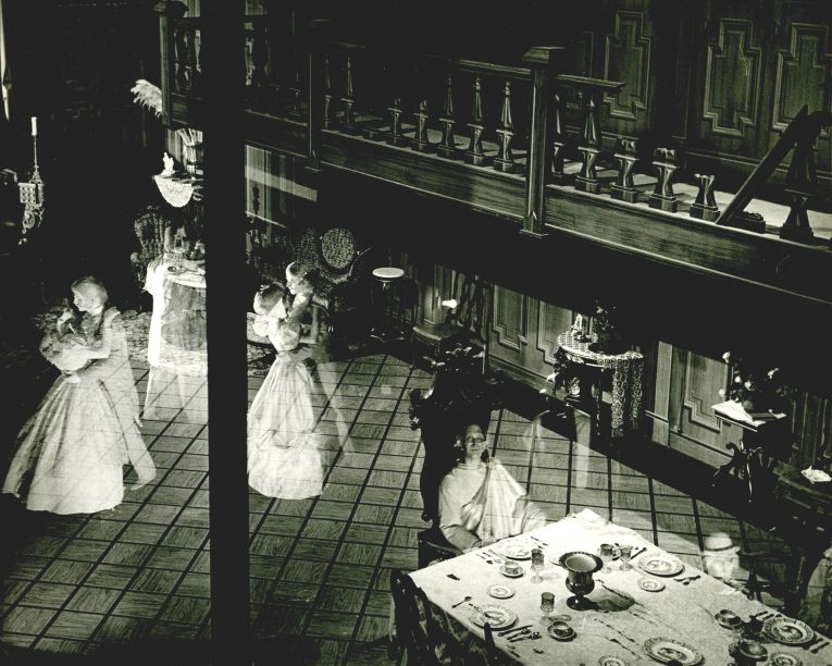 Haunted Mansion This Is How You Disneyland Pinterest Haunted