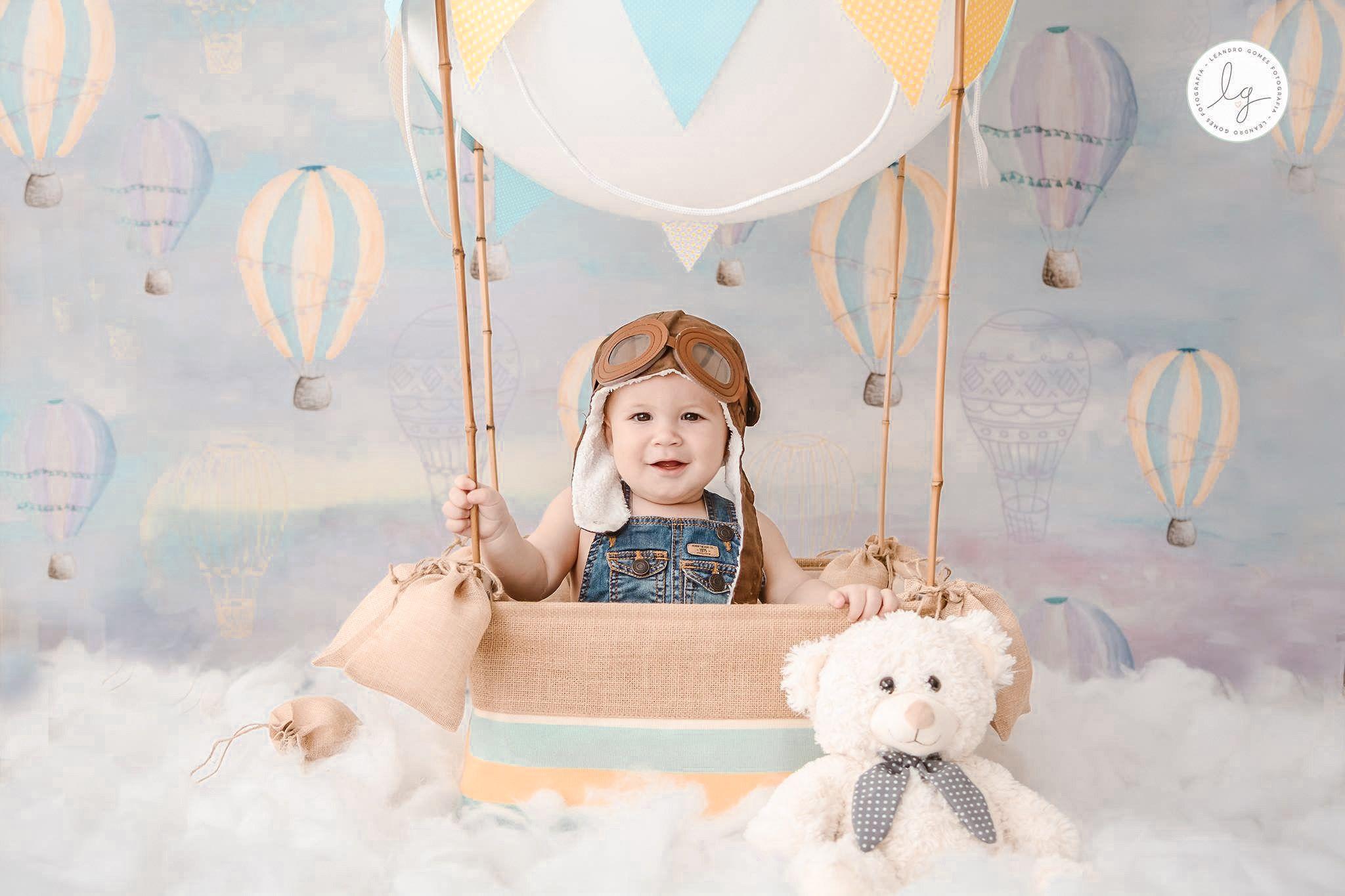 Ensaio de mensal do tema balão imagens