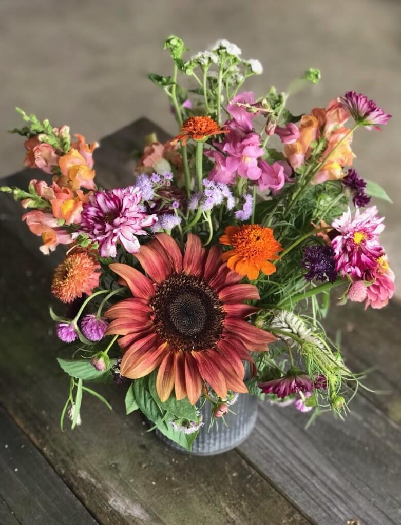 Blog Porch And Prairie Flower Farm Lovelady Tx Flower Farm Prairie Flower Flowers