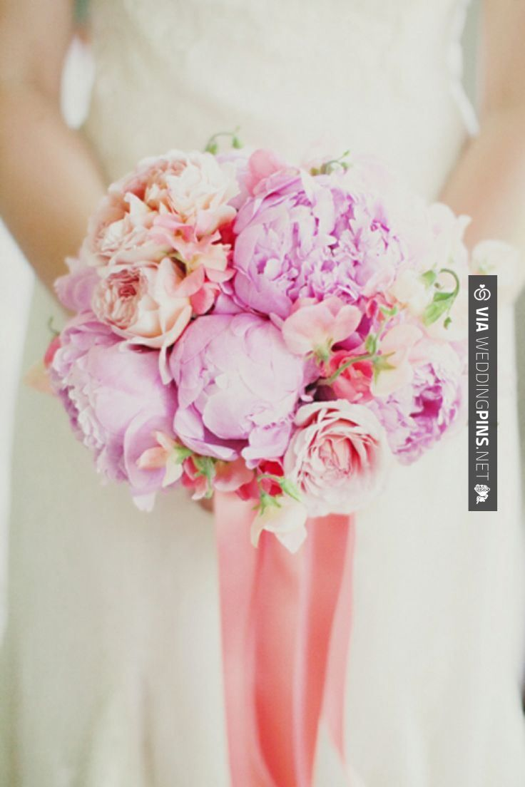 Wow - LOVE this pink and peach bouquet! photo by Milou + Olin ...