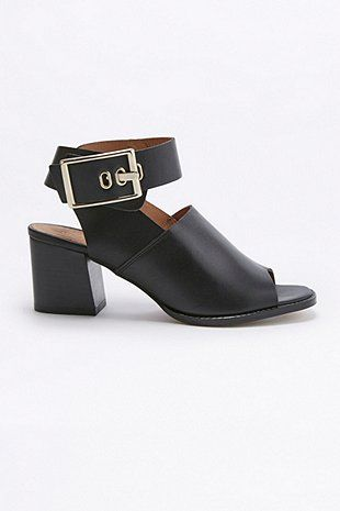£79 Casey Black Buckle High Heels - Urban Outfitters