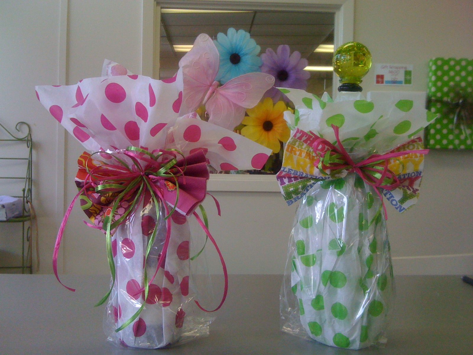 Very Cute For Wrapping Wine Bottles Use A Cellophane